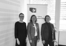 Frauke Hegemann, Kathrin Jannicke und Henrike von Platen Fair Pay Management Circle bei der Allianz in Hamburg